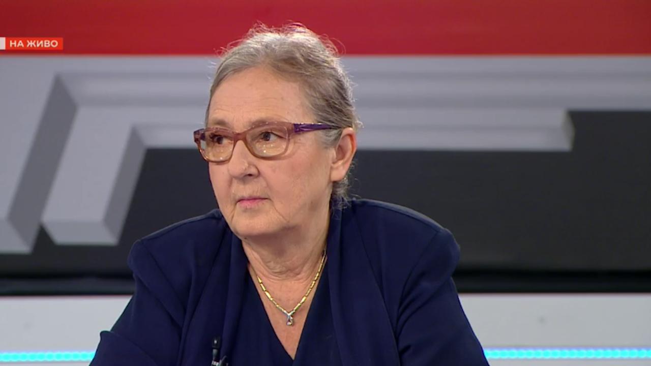 Проф. Мира Кожухарова за новите мерки срещу COVID-19: Най-важното сега е да ограничим вируса