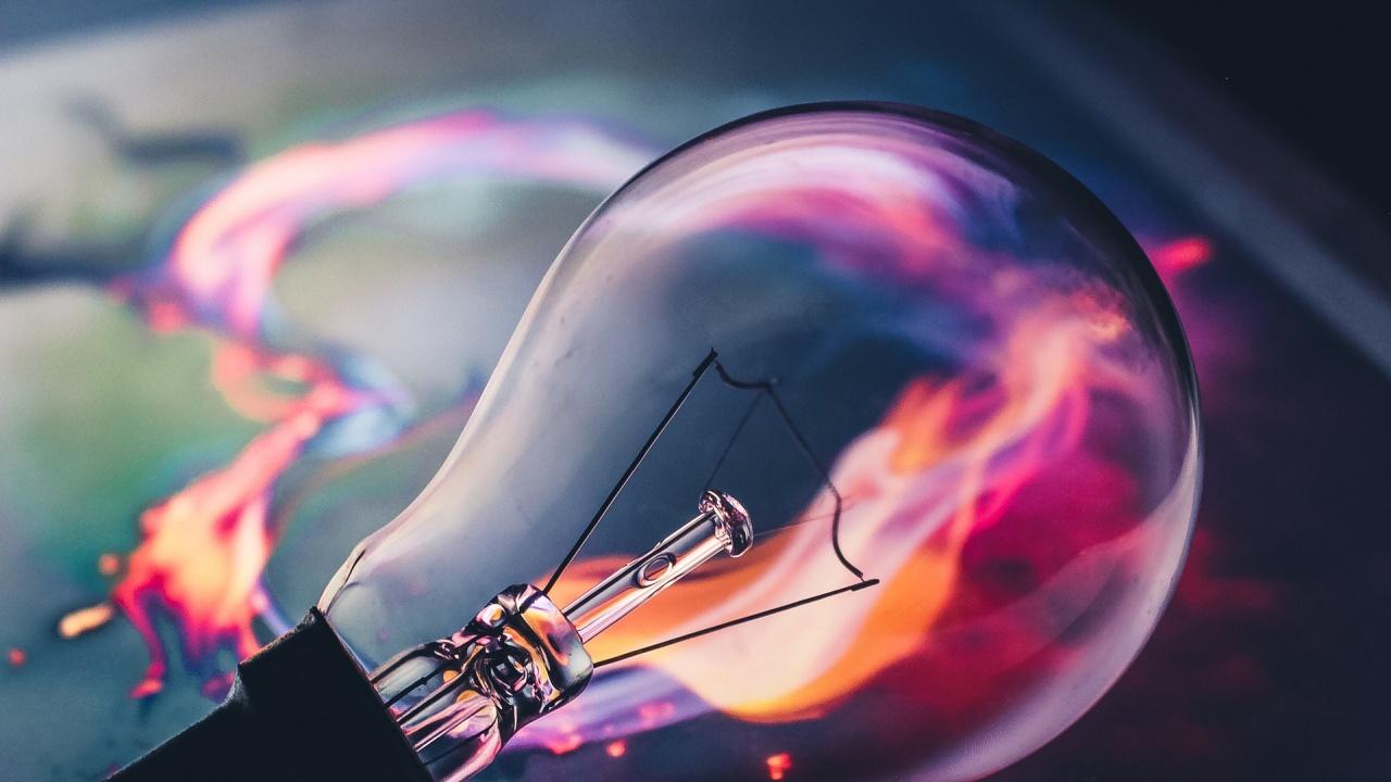 Правителството с нови мерки за подкрепа на бизнеса за сметките за ток