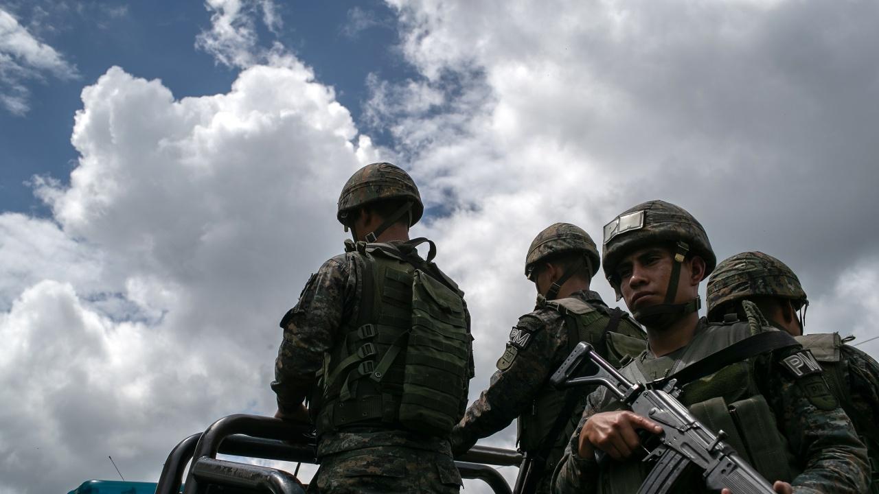 В Гватемала протест на бивши военни прерасна в насилие