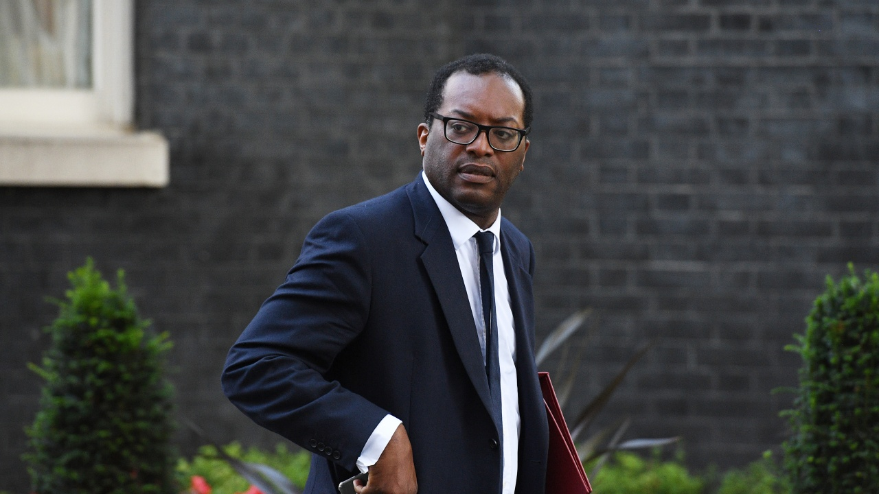 Британски министър отхвърли спекулациите за нов локдаун