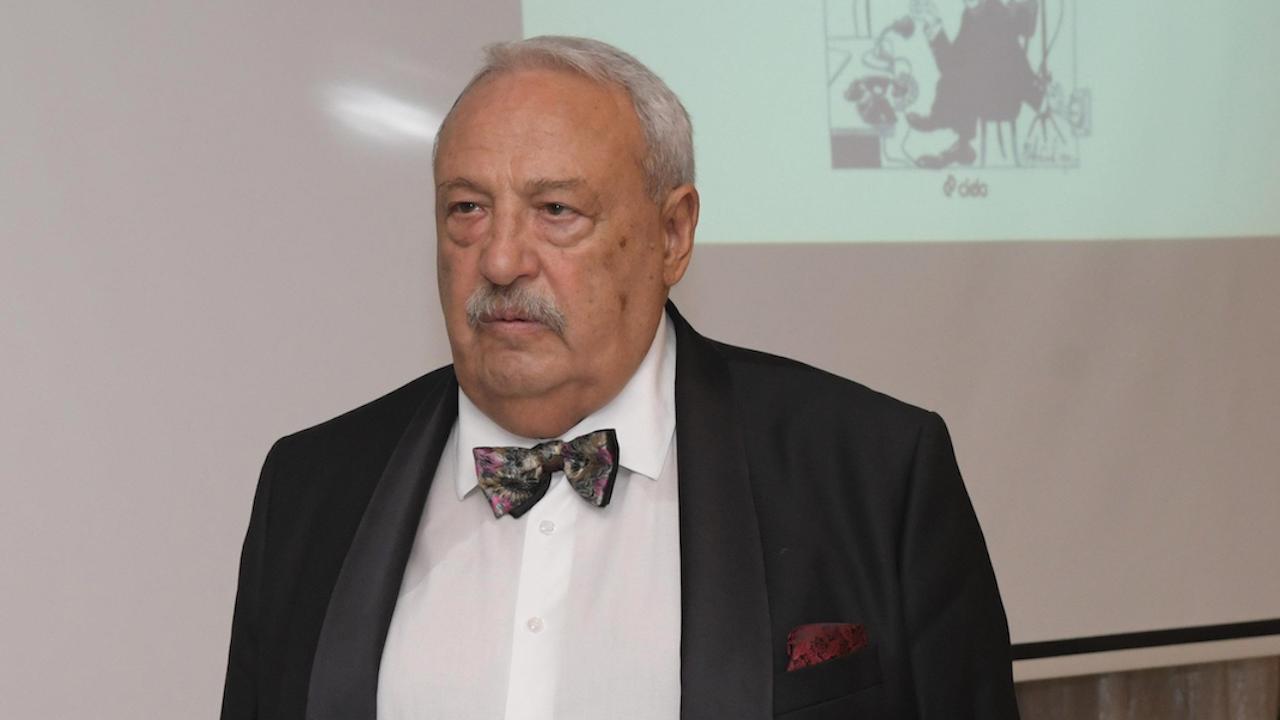 Иван Гарелов: Всичко в България се политизира