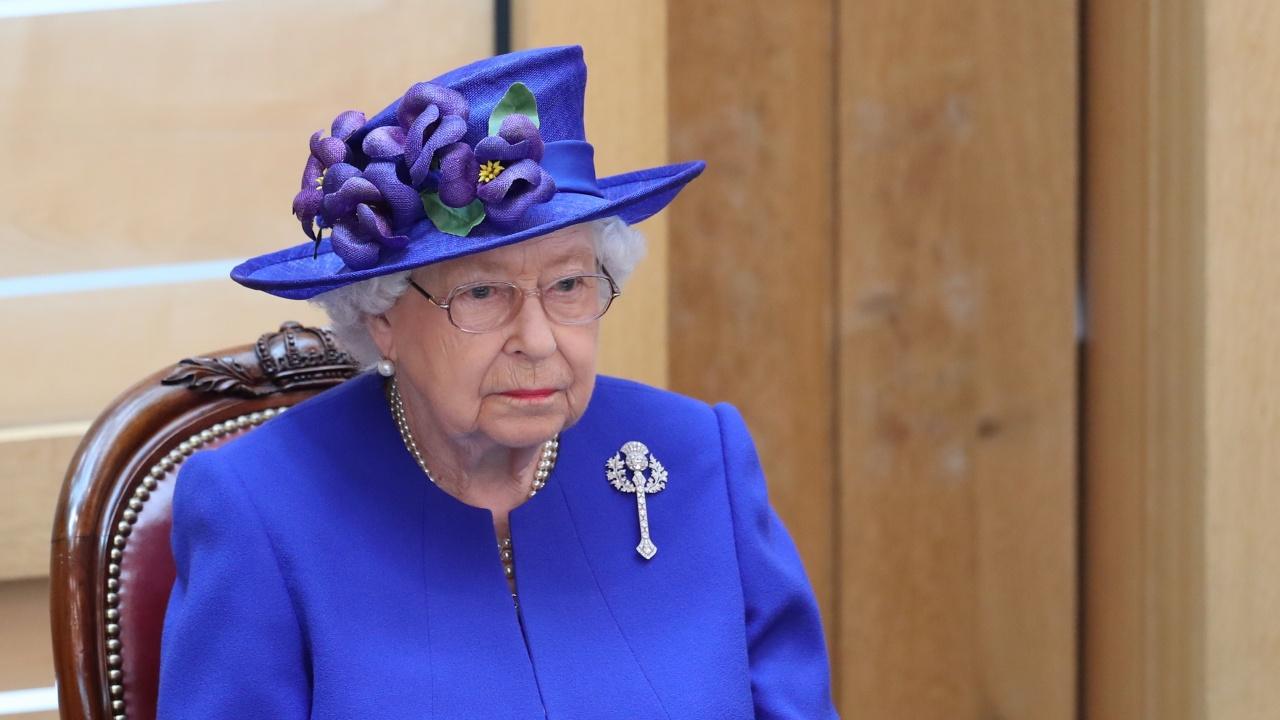 Кралица Елизабет II отмени посещение в Ълстър по лекарски съвет
