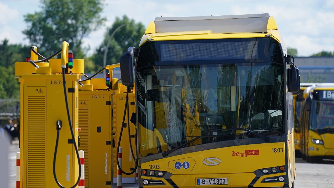 Гърция поръчва 770 екологични автобуса за 384 млн. евро