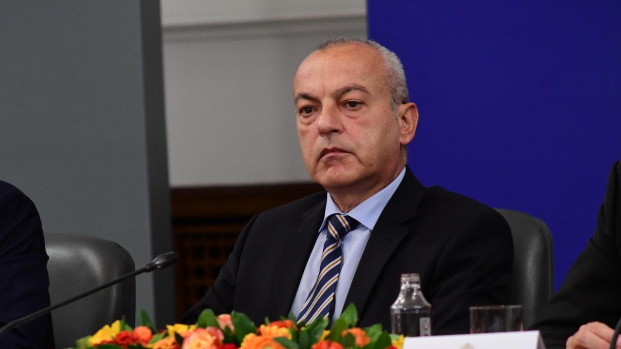 Министър Гълъб Донев ще участва в конференция за Европейската гаранция за детето
