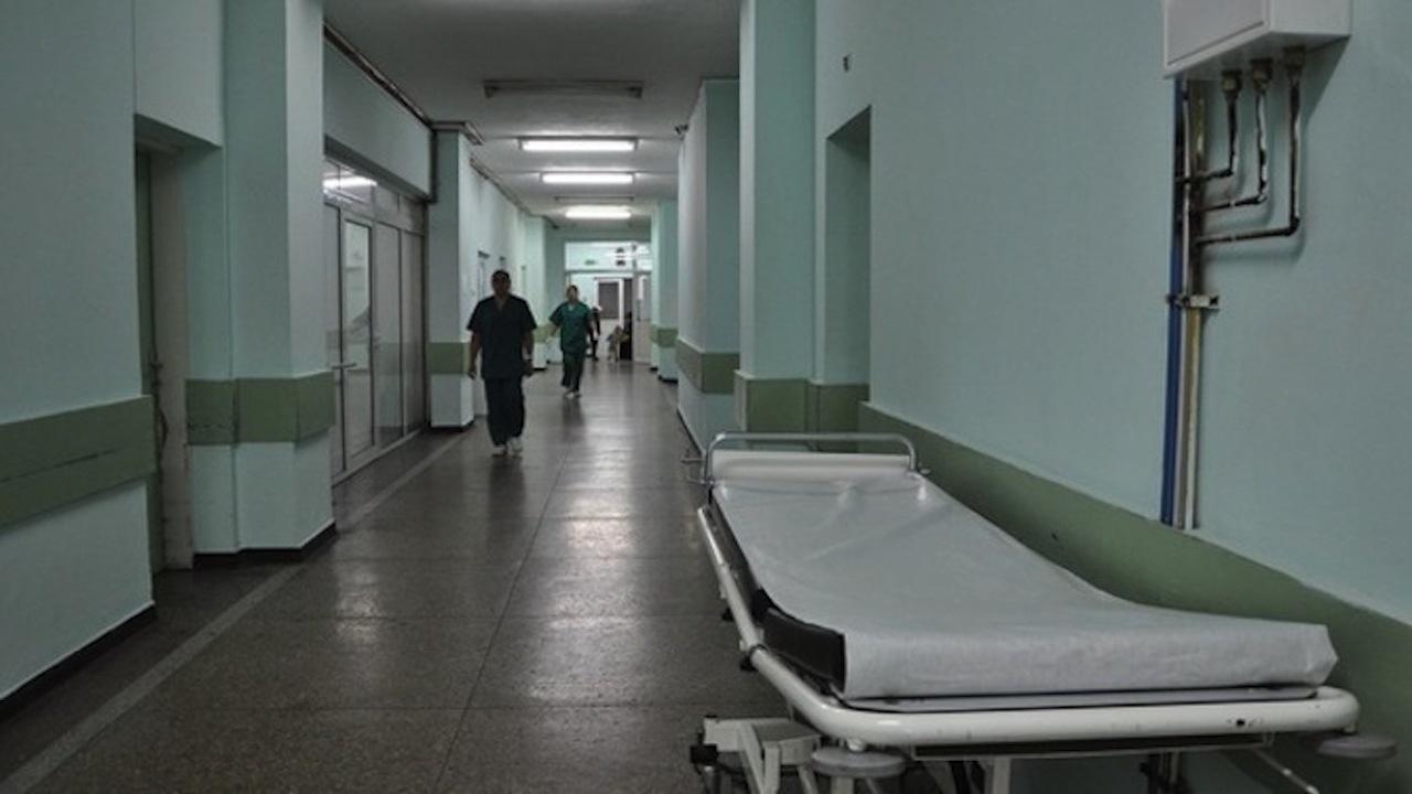 Персоналът в Пета градска масово не е ваксиниран - как ще работи болницата