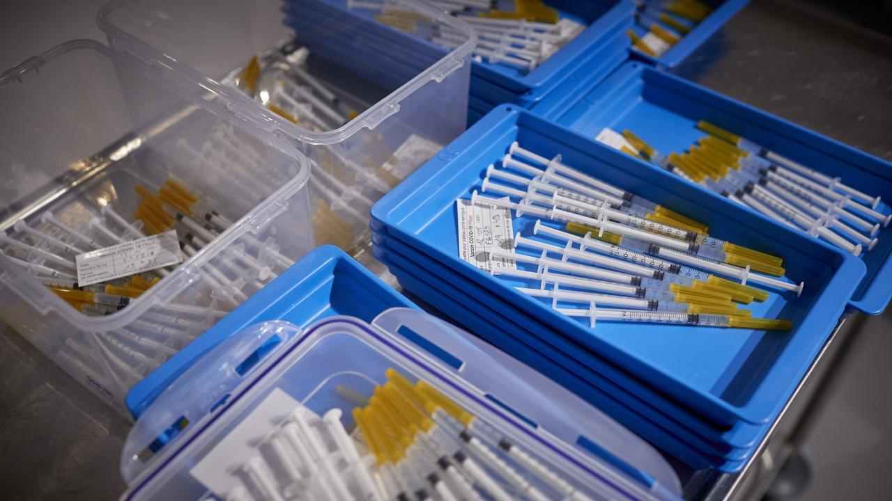 Имунизационният кабинет на РЗИ – Смолян днес ще работи извънредно