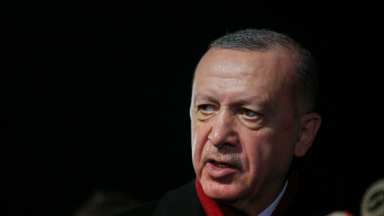 Ердоган заплаши да изгони десет посланици след призива им да бъде освободен Осман Кавала