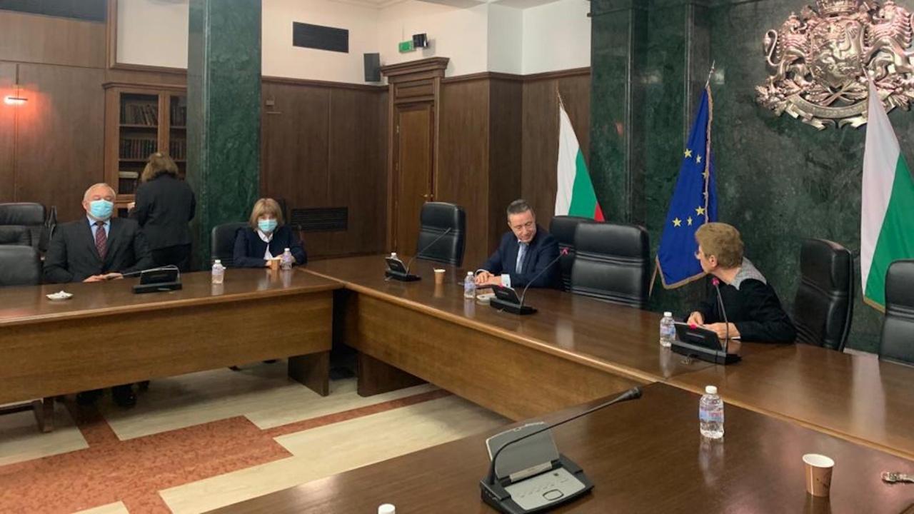 Янаки Стоилов се срещна с ръководството и съдии от ВКС