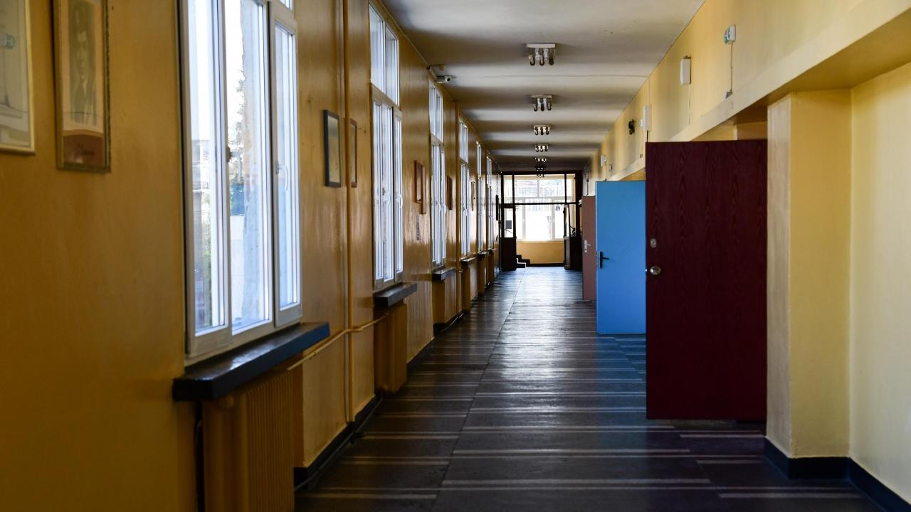 Учениците от четири общини във Варненска област преминаха на обучение на ротационен принцип