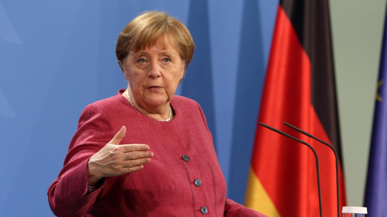 Лидерите от ЕС се сбогуваха с Меркел на вероятно последната им среща на върха с нейно участие