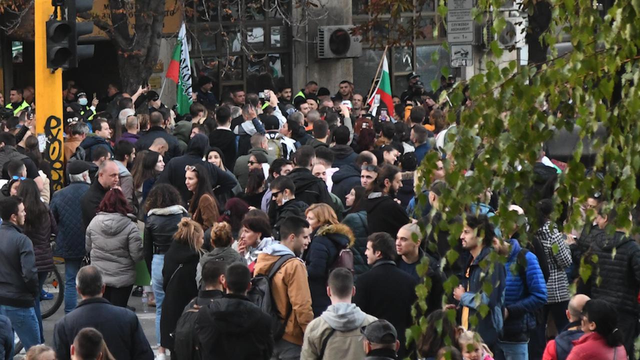 Протестиращи ресторантьори блокираха кръстовище в Силистра