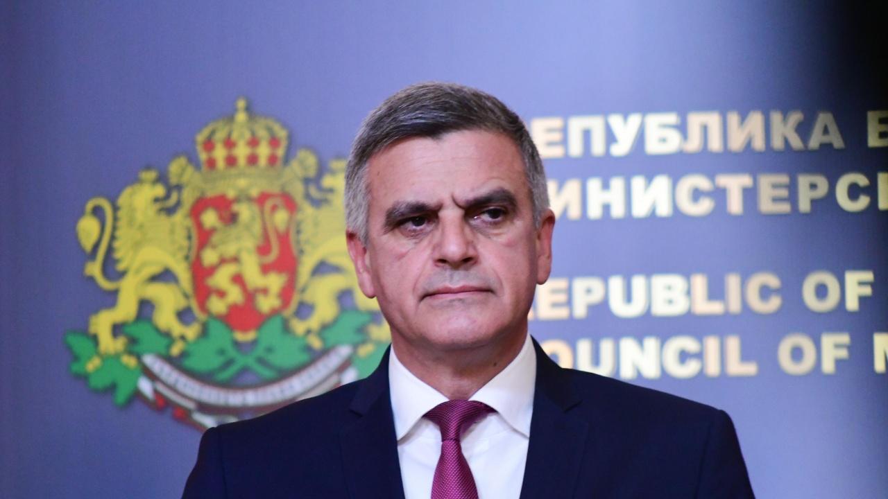 Стефан Янев за COVID мерките: Няма да се поддам на популизъм и да пренебрегна човешкия живот
