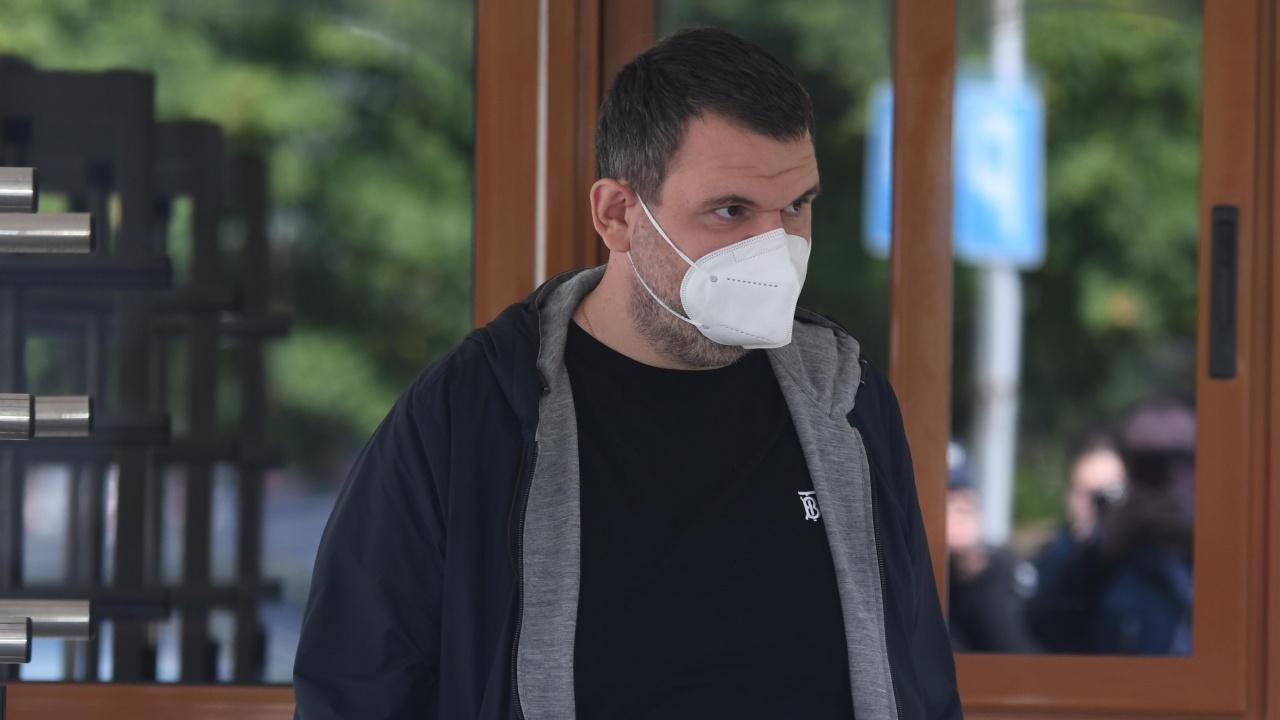 Делян Пеевски си постави трета доза от ваксината срещу коронавирус