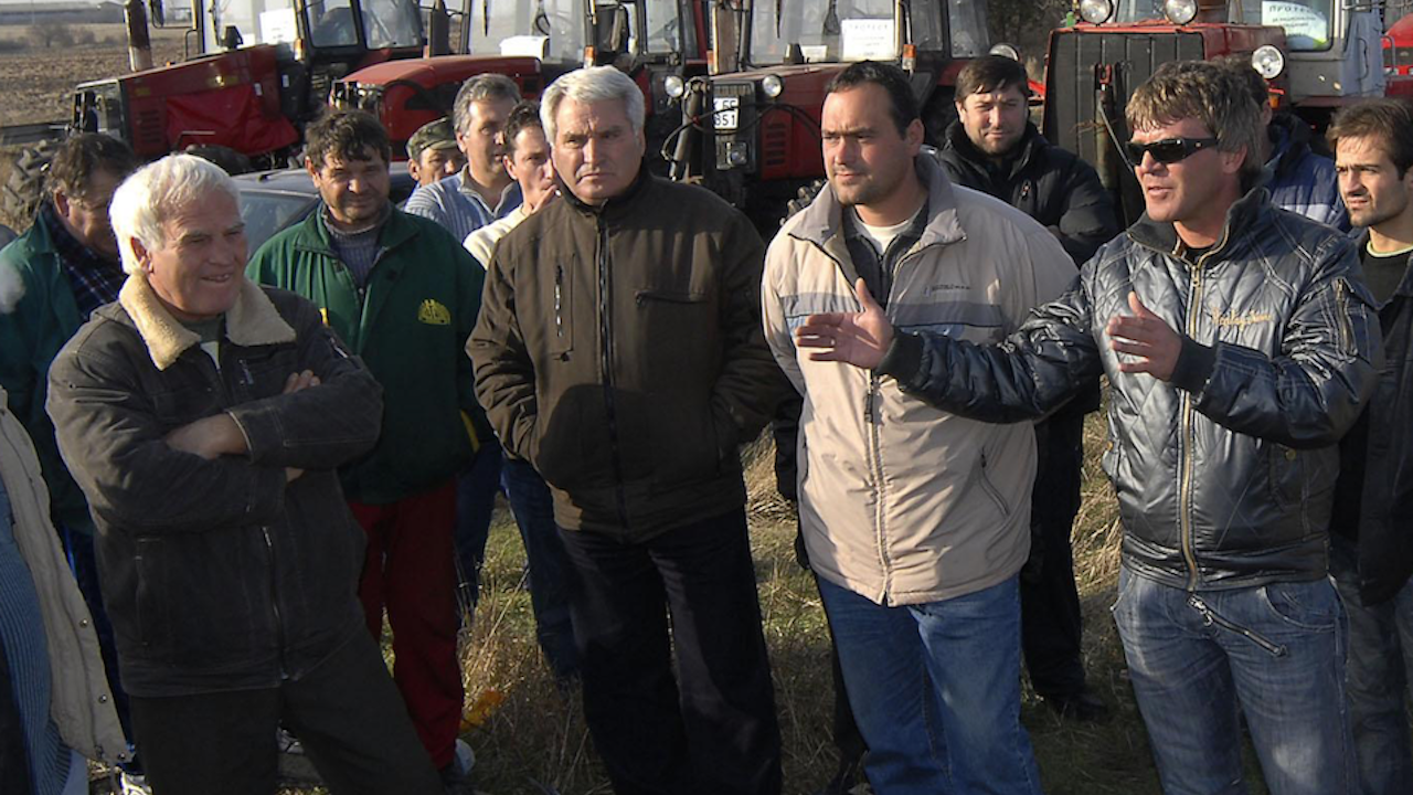 Жители на община Лозница затвориха за час пътя Разград-Търговище