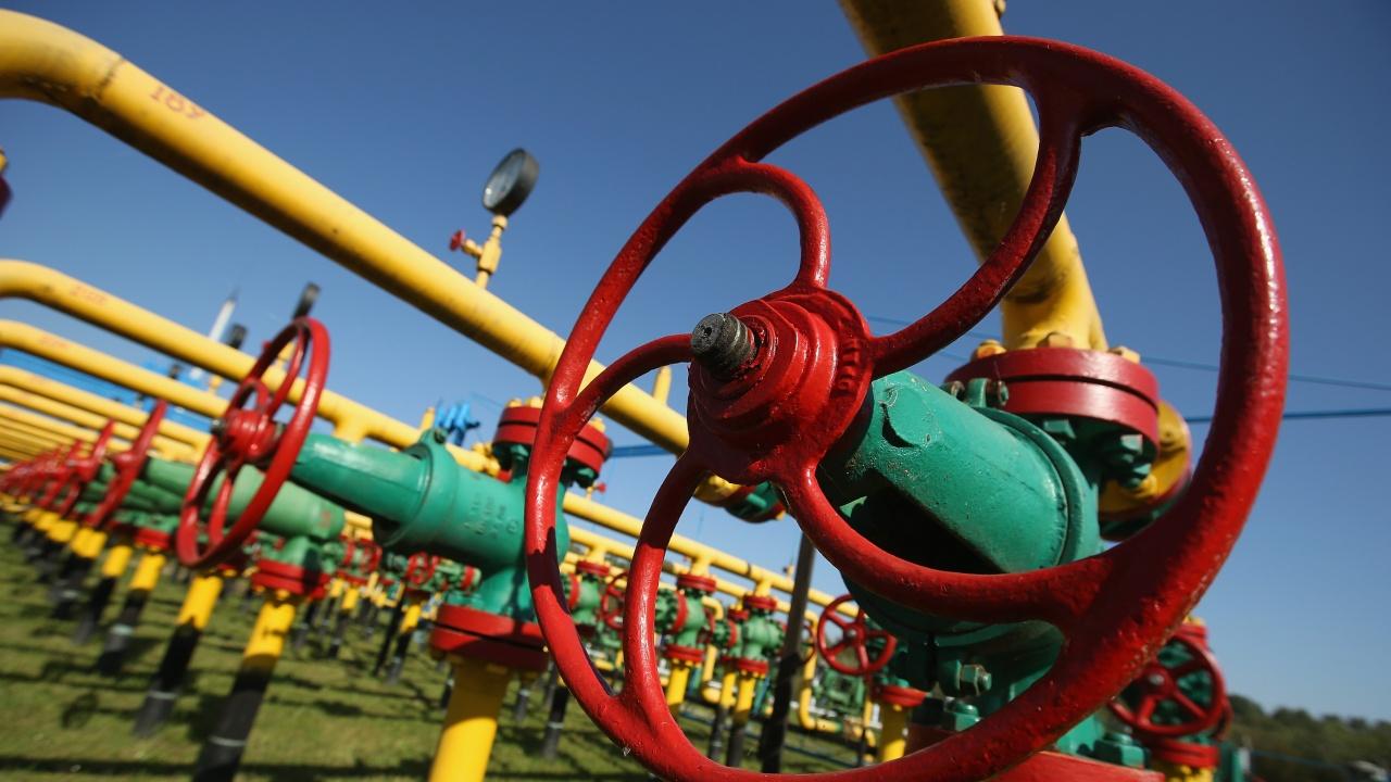 """""""Газпром"""" предупреди Молдова, че ѝ спира доставките на газ, ако не плати дълга си"""