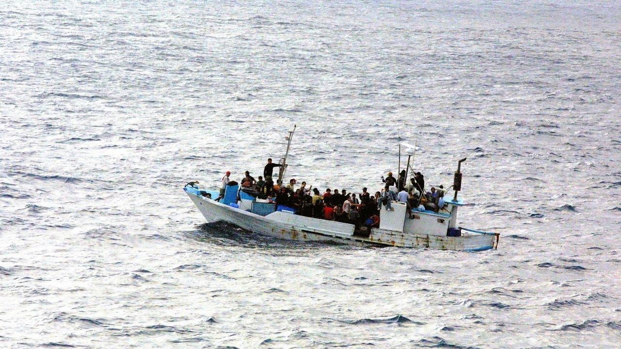 Над 2000 мигранти се отправиха от Южно Мексико към САЩ