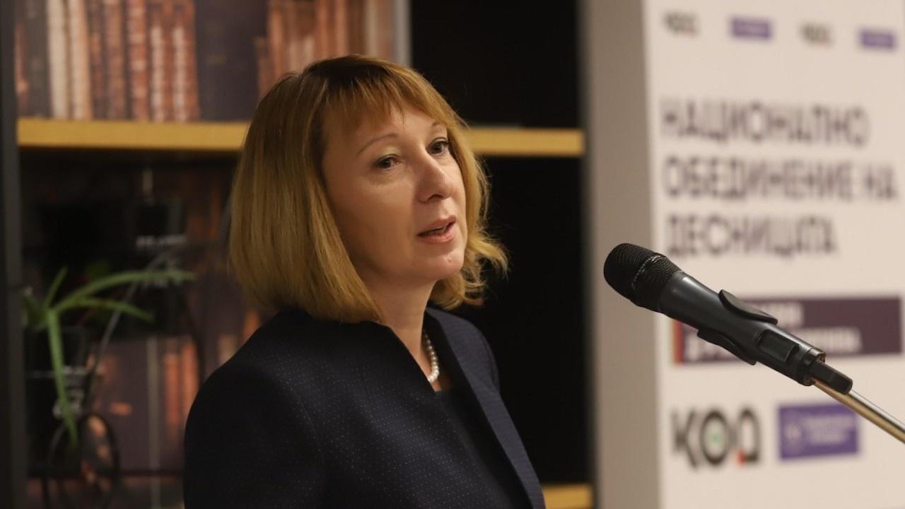 Ивелина Георгиева: Политиците превърнаха здравната криза в разделителна линия за обществото