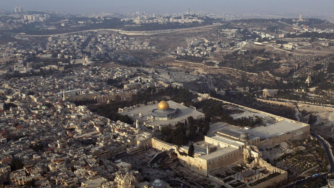 Израел обяви строителството на над 1300 нови жилища за еврейски заселници на Западния бряг