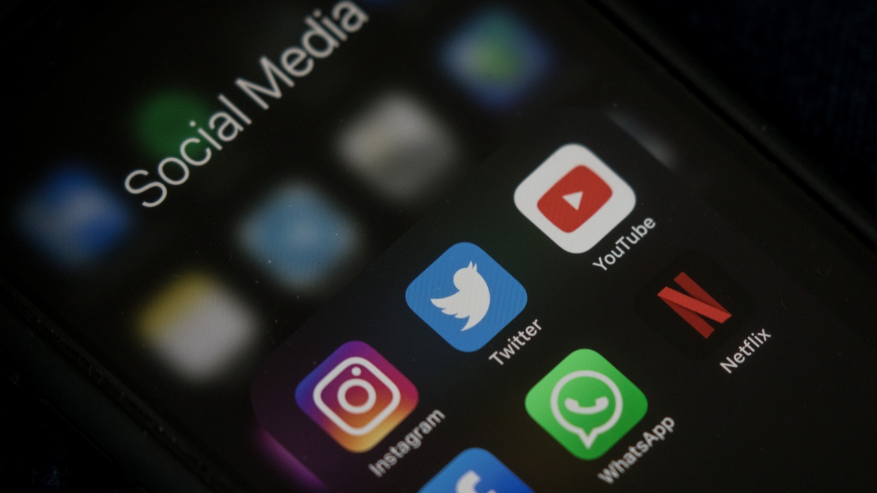 Австралия ще иска родителско съгласие за потребители под 16 години на социални медии