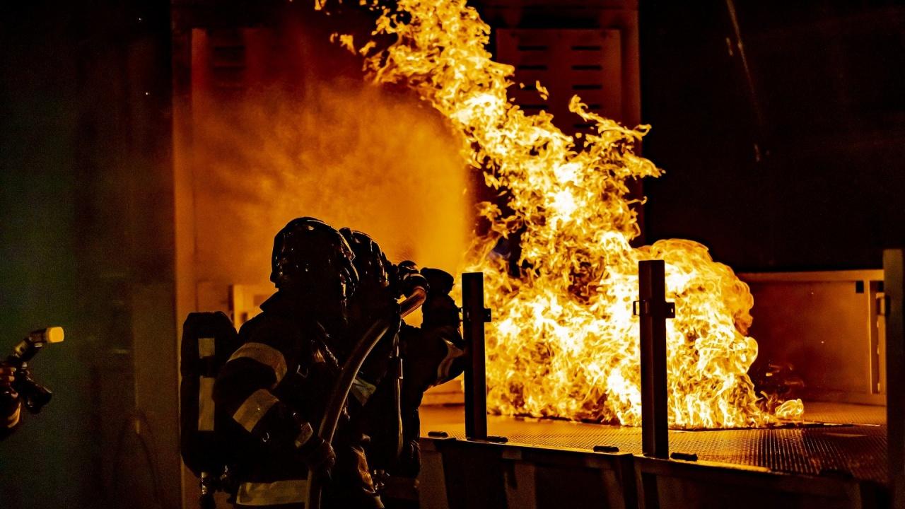 49-годишен мъж загина при пожар в дома си