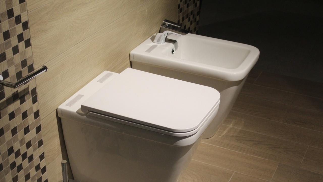 Болница в Япония 30 години е ползвала за пиене вода за тоалетната