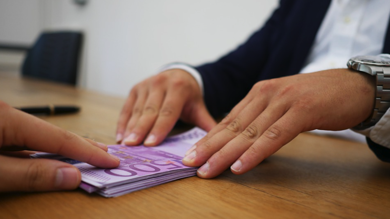 Депозитите и кредитите на домакинствата растат, въпреки кризата