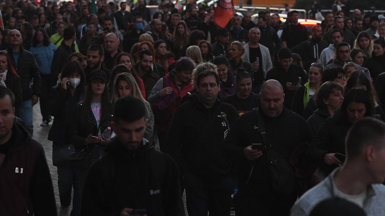 500 души протестираха в Габрово срещу зеления сертификат