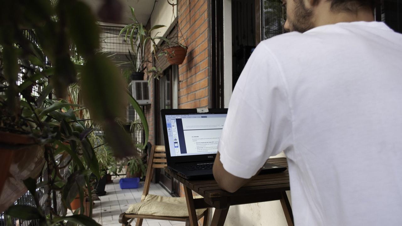 Всички ученици от днес в община Благоевград учат онлайн