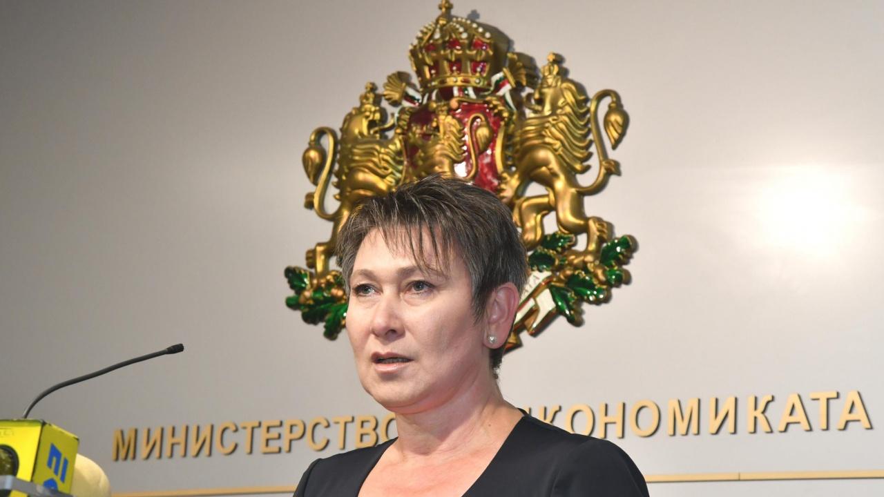 Служебният министър на икономиката: При локдаун ще се върнем доста назад