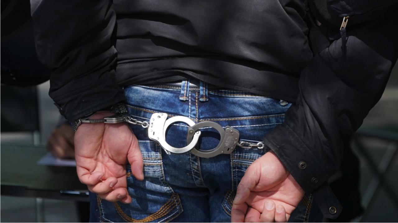 Съдят 50-годишен мъж, ритал шофьор на линейка