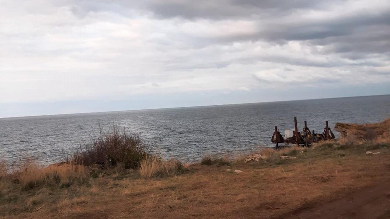 """След изтеглянето на """"Вера Су"""" МОСВ продължава да следи състоянието на морските води"""