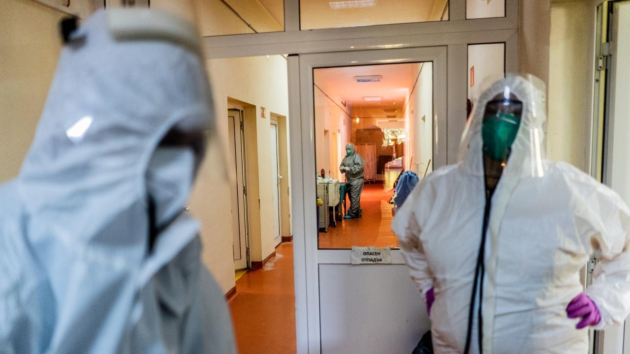 Д-р Хасърджиев: Истинската COVIDепидемия настъпва сега в България