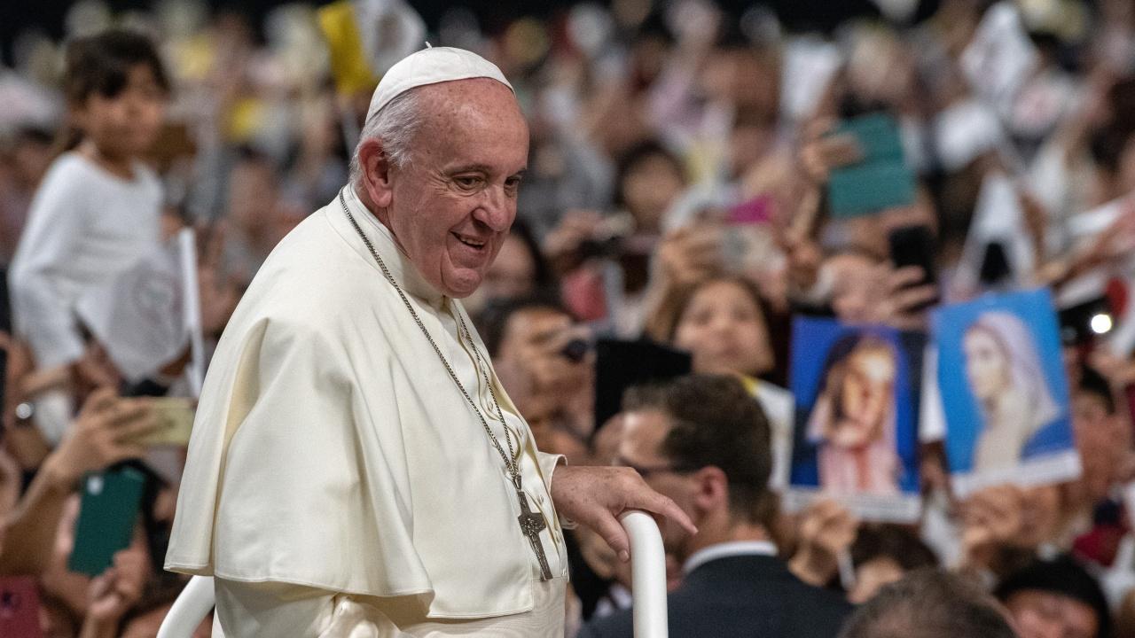 Папата с трета доза ваксина?