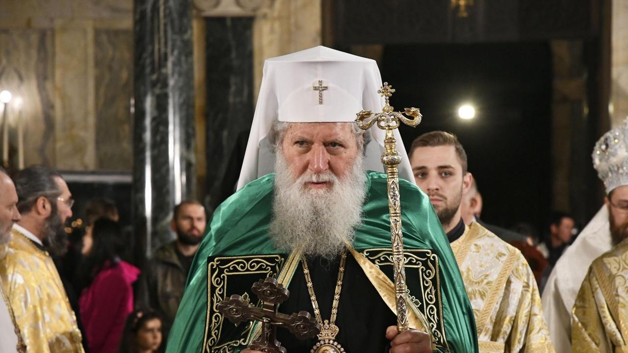 С благословението на патриарх Неофит и с освещаването на икона от Сърбия започна отбелязването на 700 години от успението на Св. крал Стефан Милутин