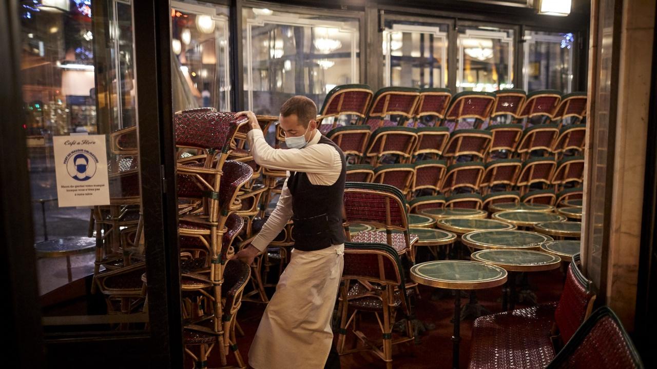 Фалитите започнаха: Мъж затваря ресторанта си след 20 г. в бранша