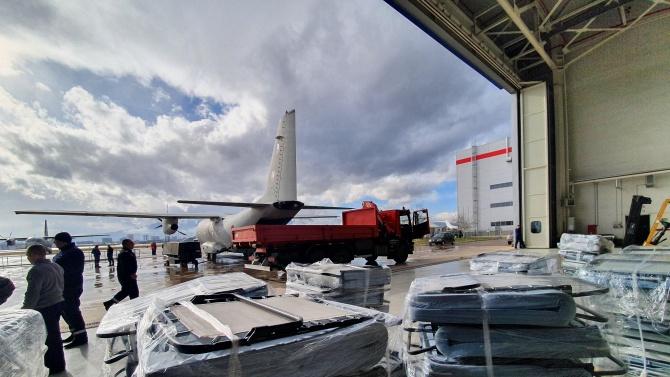 Военнослужещи и техника от Военновъздушните сили изпълниха успешно специализираната задача за транспорт на хуманитарна помощ