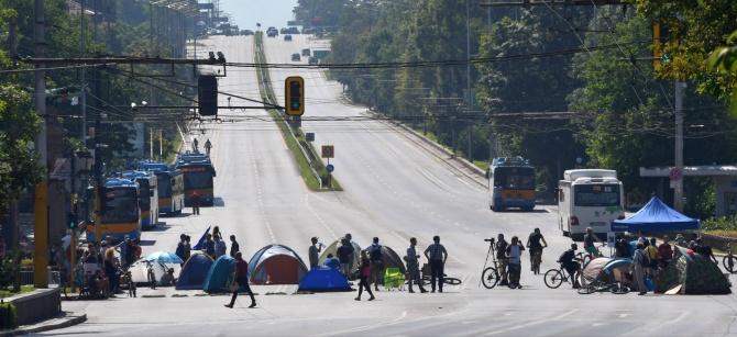 Одобрявате ли блокирането на кръстовища и пътища в страната?