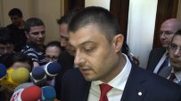 Бареков: Чуколов е наркоман, бих управлявал с БСП