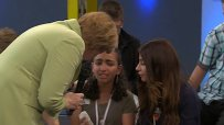 Меркел разплака момиче от бежанско семейство в Германия