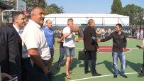 Наско Сираков и Тити Папазов показаха баскетболни умения пред премиера
