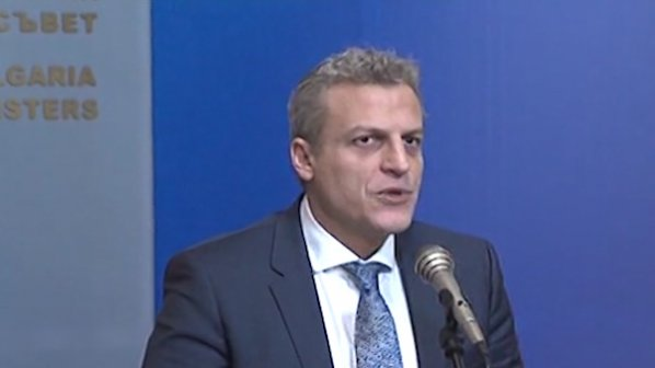 """Москов: Гарантирам, че ваксината """"Пентаксим"""" отговаря на всички изисквания и ще продължи да се прилага"""