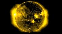 Уфолози видяха НЛО, което се зарежда от Слънцето
