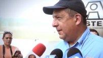 Президентът на Коста Рика глътна оса по време на интервю