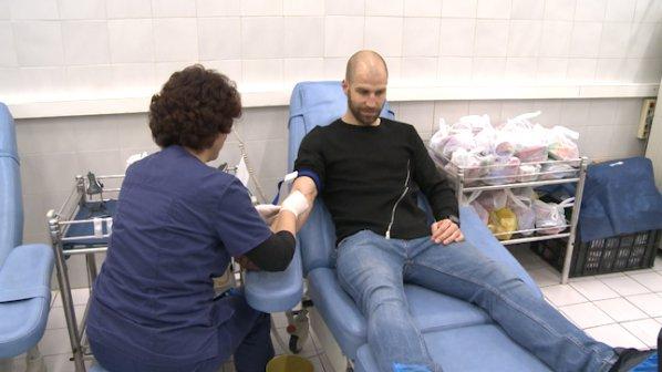Футболисти на ЦСКА се включиха в каузата Дари кръв, спаси живот