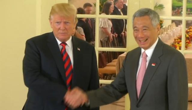 Американският президент Доналд Тръмп се срещна със сингапурския премиер