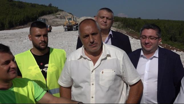 Пускат до август 2019 г. участъка между Ябланица и Боаза от АМ Хемус