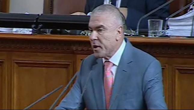 Марешки: Заставаме зад справедливото искане на българския народ за оставка на Валери Симеонов