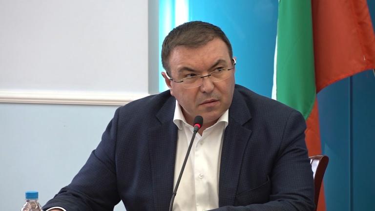Министър Ангелов оповести решението за ваксинацията с АстраЗенека в България