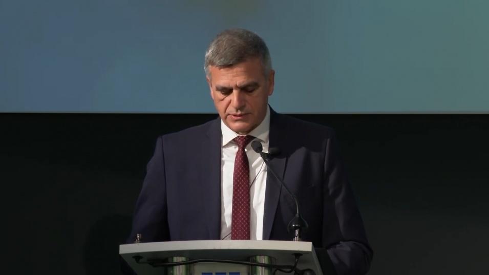 Стефан Янев: Преходът към зелена енергия трябва да е плавен