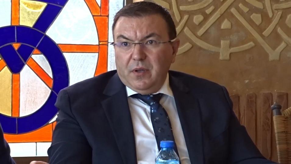 Проф. Костадин Ангелов: Президентът да вземе решение – дали иска да печели избори, или да спаси животи